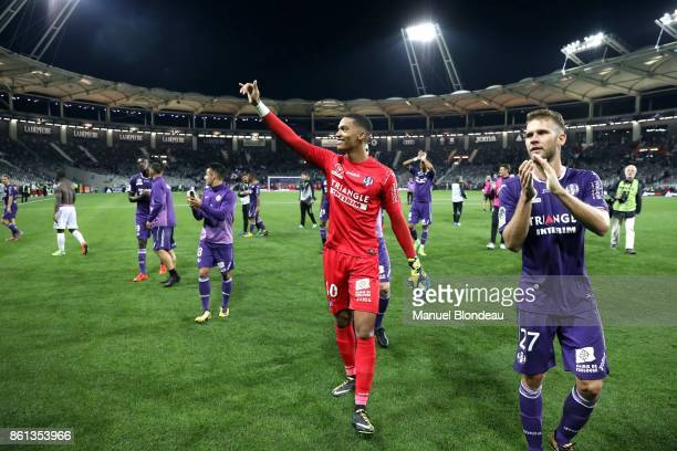 Alban Lafont of Toulouse celebrates victory during the Ligue 1 match between Toulouse and Amiens SC at Stadium Municipal on October 14 2017 in...