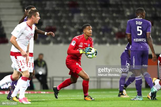 Alban Lafont of Toulouse during the Ligue 1 match between Toulouse and FC Girondins de Bordeaux at Stadium Municipal on September 15 2017 in Toulouse