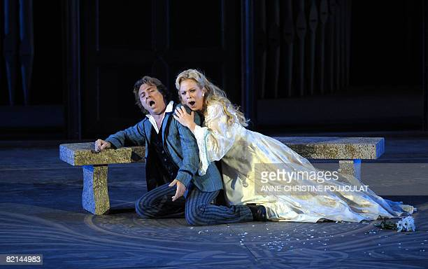 Albanian soprano Inva Mula as Marguerite and French tenor Roberto Alagna as Faust perform on July 31 in Gounod's Opera 'Faust' directed by Nicolas...