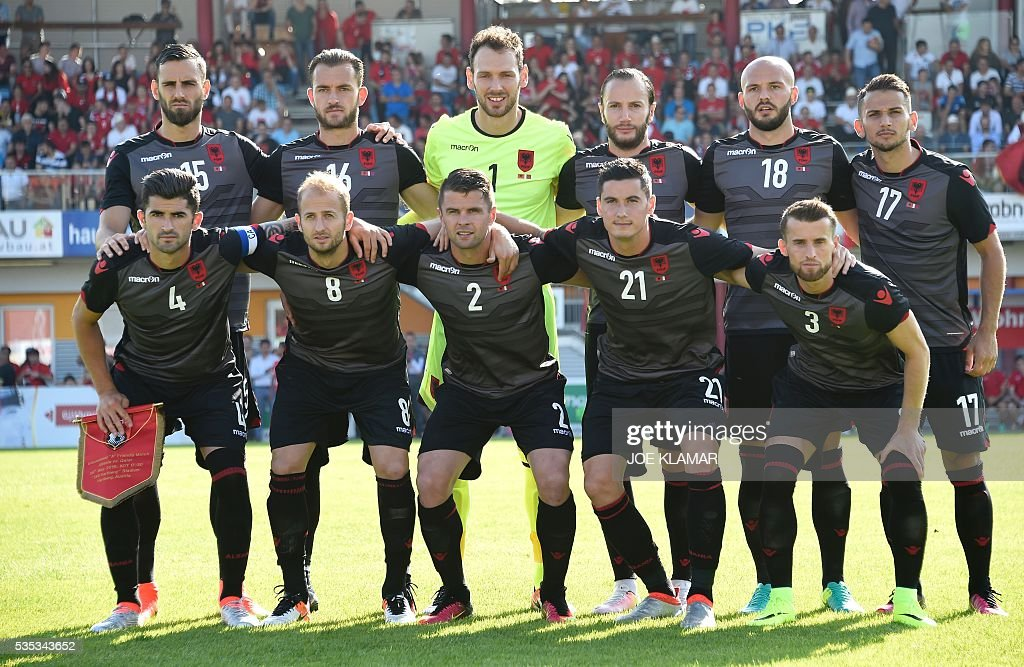 Albania's players pose for a team picture ahead the friendly football match between Albania and Qatar in Hartberg, Austria, on May 29, 2016. / AFP / JOE