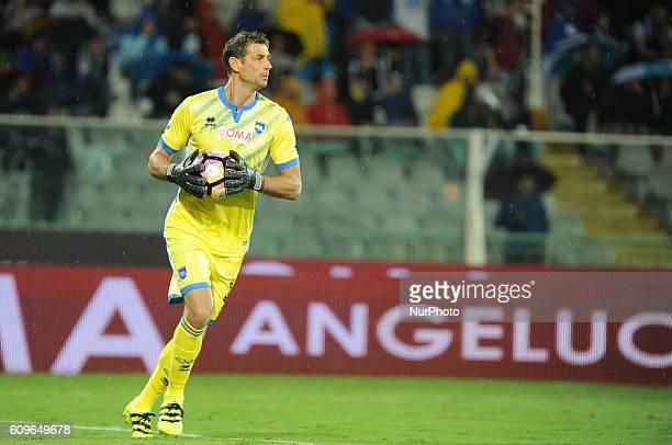 Albano Benjamín Bizzarri goalkeeper of Pescara Calcio in action during the Italian Serie A football match Pescara vs Torino on September 21 in...