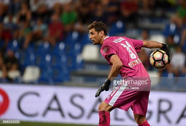 Albano Bizzarri goalkeeper of Pescara Calcio in action during the Serie A match between US Sassuolo and Pescara Calcio at Mapei Stadium Citta' del...