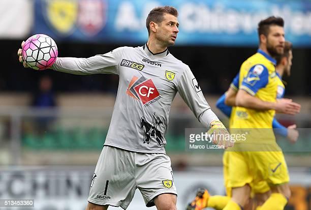 Albano Bizzarri of AC Chievo Verona in action during the Serie A match between AC Chievo Verona and Genoa CFC at Stadio Marc'Antonio Bentegodi on...