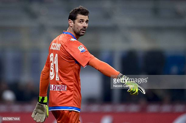 Albano Bizzarri of Pescara Calcio gestures during the Serie A football match between FC Internazionale and Pescara Calcio FC Internazionale wins 30...