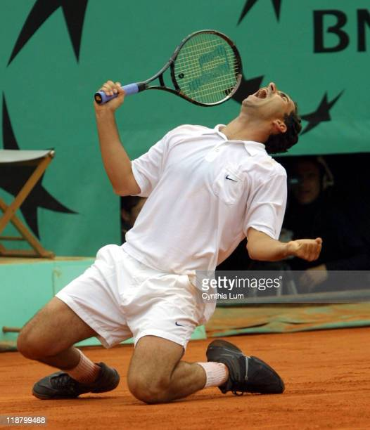 Albert Costa beats Juan Carlos Ferrero 61 60 46 63 in the men's final of the 2002 French Open