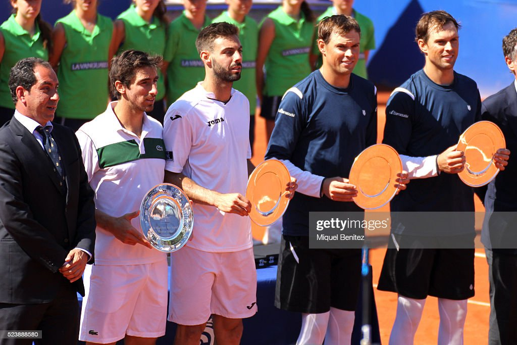 Albert Costa Pablo Cuevas Marcel Granollers Mike Bryan and Tom Bryan attend the awards ceremony during the Barcelona Open Banc Sabadell at the real...