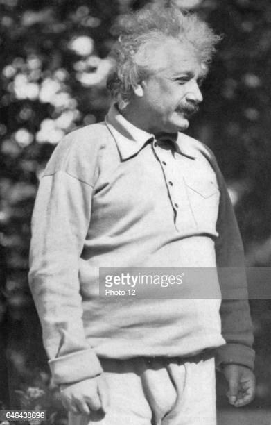 Albert Einstein GermanSwiss mathematician Relativity