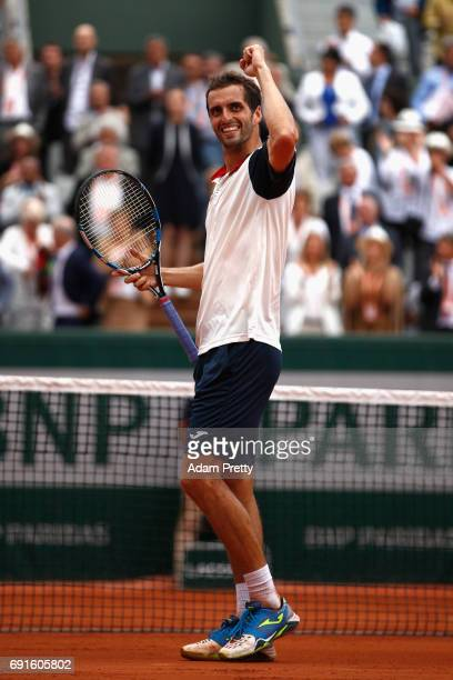 Albert RamosVinolas of Spain celebrates victory during mens singles third round match against Lucas Pouille of France on day six of the 2017 French...
