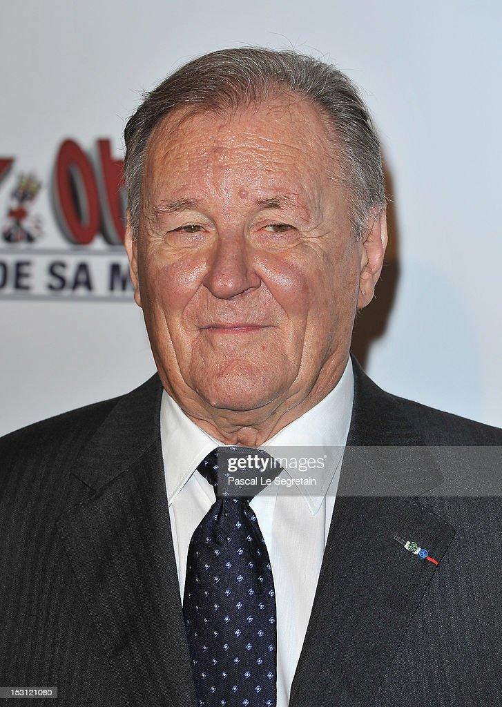 Albert Uderzo attends the 'Asterix & Obelix: Au Service De Sa Majeste' at Le Grand Rex premiere on September 30, 2012 in Paris, France.