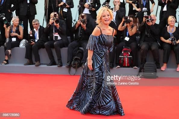 alberta-ferretti-attends-the-premiere-of-nocturnal-animals-during-the-picture-id598728980