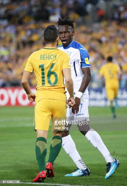 Alberth Elis of Honduras clashes with Aziz Behich of Australia during the 2018 FIFA World Cup Qualifiers Leg 2 match between the Australian Socceroos...