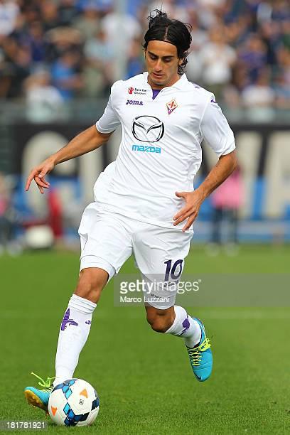 Alberto Aquilani of ACF Fiorentina in action during the Serie A match between Atalanta BC and ACF Fiorentina at Stadio Atleti Azzurri d'Italia on...