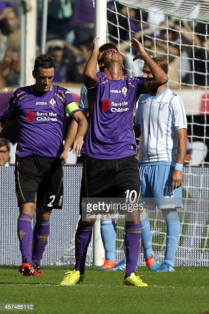 Alberto Aquilani of ACF Fiorentina shows his dejection during the Serie A match between ACF Fiorentina and SS Lazio at Stadio Artemio Franchi on...