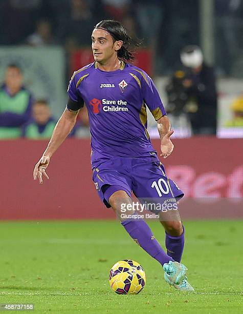 Alberto Aquilani of Fiorentina in action during the Serie A match between ACF Fiorentina and SSC Napoli at Stadio Artemio Franchi on November 9 2014...