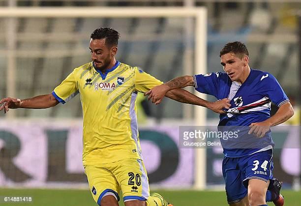 Alberto Aquilani of Pescara Calcio and Lucas Terreira of UC Sampdoria in action during the Serie A match between Pescara Calcio and UC Sampdoria at...