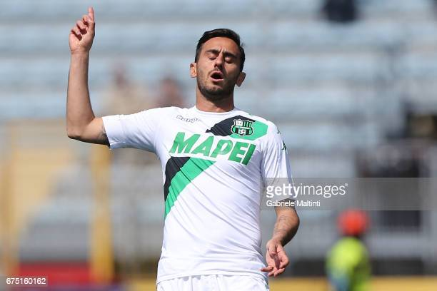 Alberto Aquilani of US Sassuolo reacts during the Serie A match between Empoli FC and US Sassuolo at Stadio Carlo Castellani on April 30 2017 in...