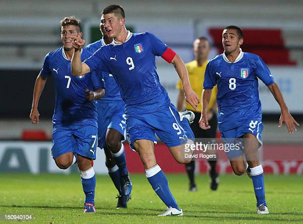 Alberto Cerri of Italy celebrates after scoring the winning goal during the Under 17's international between England and Italy at the Pirelli Stadium...