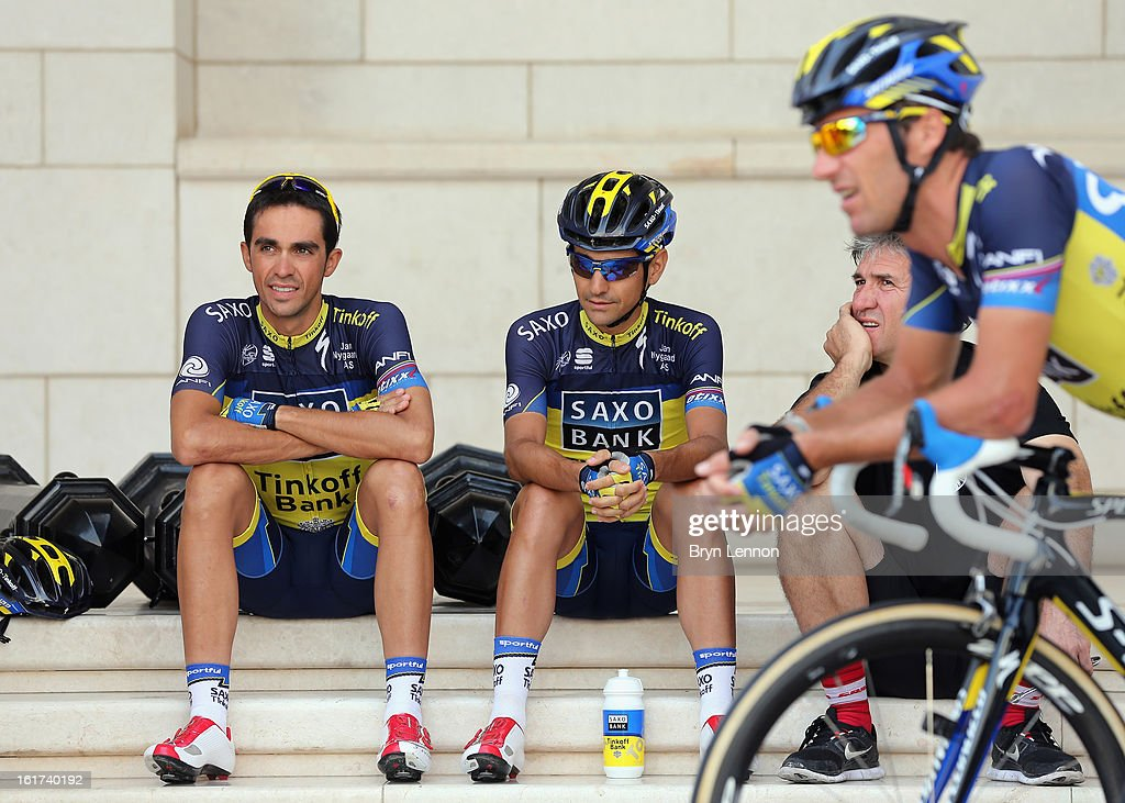 <a gi-track='captionPersonalityLinkClicked' href=/galleries/search?phrase=Alberto+Contador&family=editorial&specificpeople=562697 ng-click='$event.stopPropagation()'>Alberto Contador</a>(l) of Spain and Team Saxo-Tinkoff sits with his team mates ahead of the start of stage five of the Tour of Oman from Al Alam Palace to the Ministry of Housing in Boshar on February 15, 2013 in Boshar, Oman.