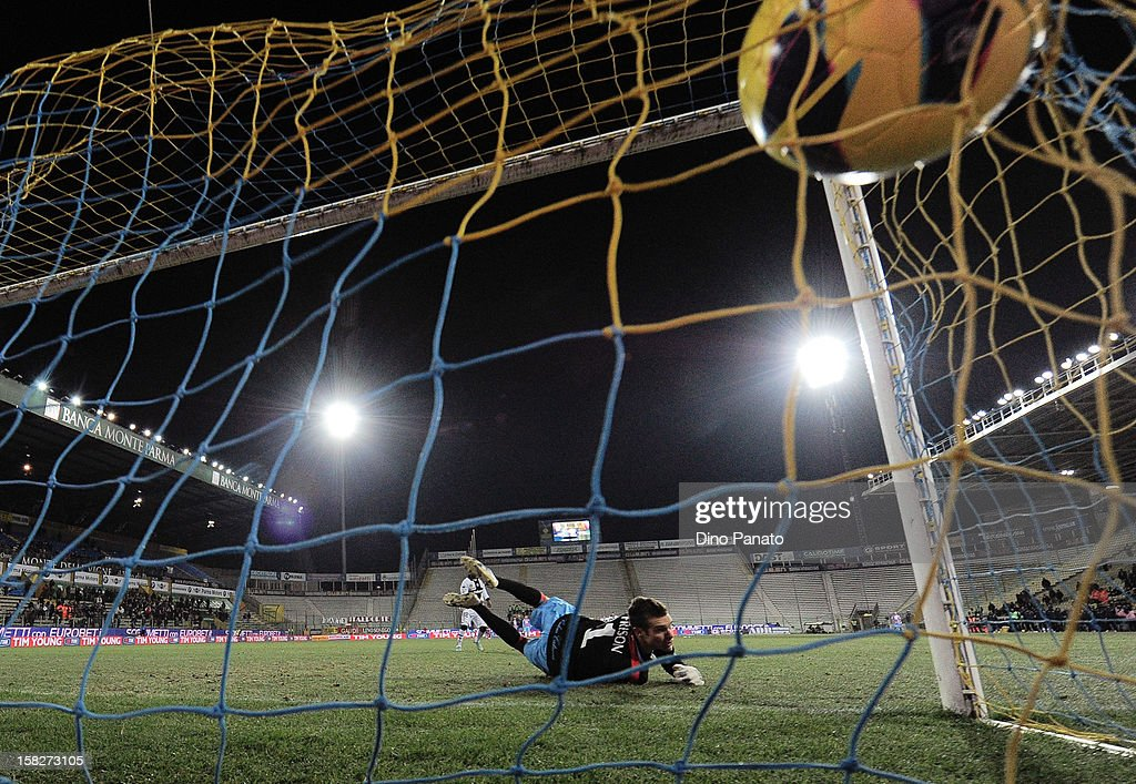 Alberto Frison goalkeeper of Catania Calcio fails to save a penalty shot during the TIM Cup match between Parma FC and Catania Calcio at Stadio Ennio Tardini on December 12, 2012 in Parma, Italy.