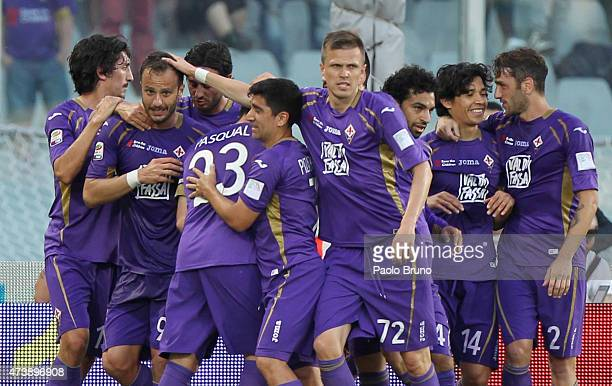 Alberto Gilardino with his teammates of ACF Fiorentina celebrates after scoring the team's second goal during the Serie A match between ACF...