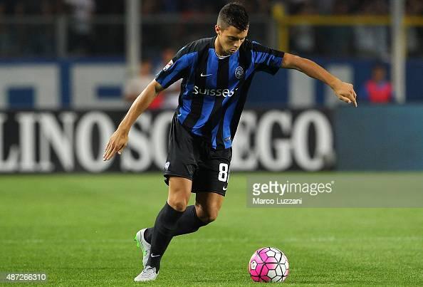 Alberto Grassi of Atalanta BC in action during the Serie A match between Atalanta BC and Frosinone Calcio at Stadio Atleti Azzurri d'Italia on August...
