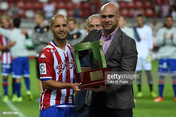 Alberto Lora Ramos of Sporting Gijon poses after winning the preseason friendly match between Real Sporting de Gijon and US Citta di Palermo at...