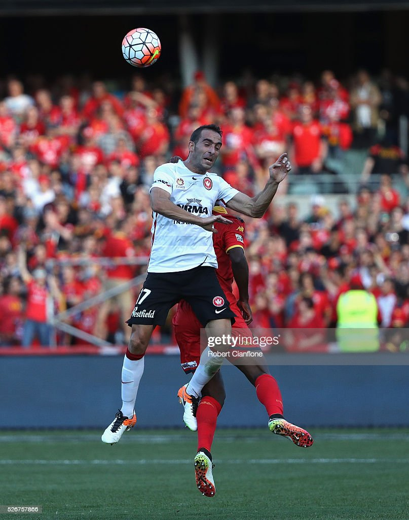 Alberto of the Wanderers heads the ball during the 2015/16 A-League Grand Final match between Adelaide United and the Western Sydney Wanderers at Adelaide Oval on May 1, 2016 in Adelaide, Australia.