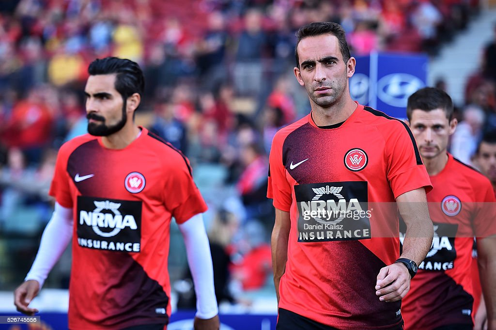Alberto of the Wanderers walks out onto the field prior to the 2015/16 A-League Grand Final match between Adelaide United and the Western Sydney Wanderers at Adelaide Oval on May 1, 2016 in Adelaide, Australia.