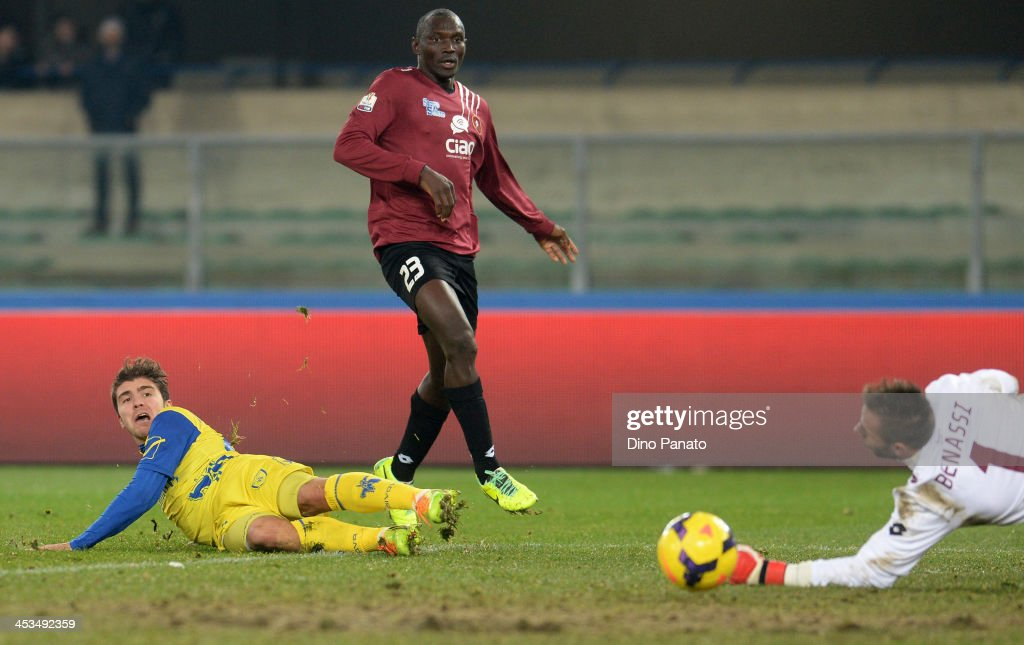 Alberto Paloschi of AC Chievo Verona scores his teams second goal during the Tim Cup match between AC Chievo Verona and Reggina Calcio at Stadio...