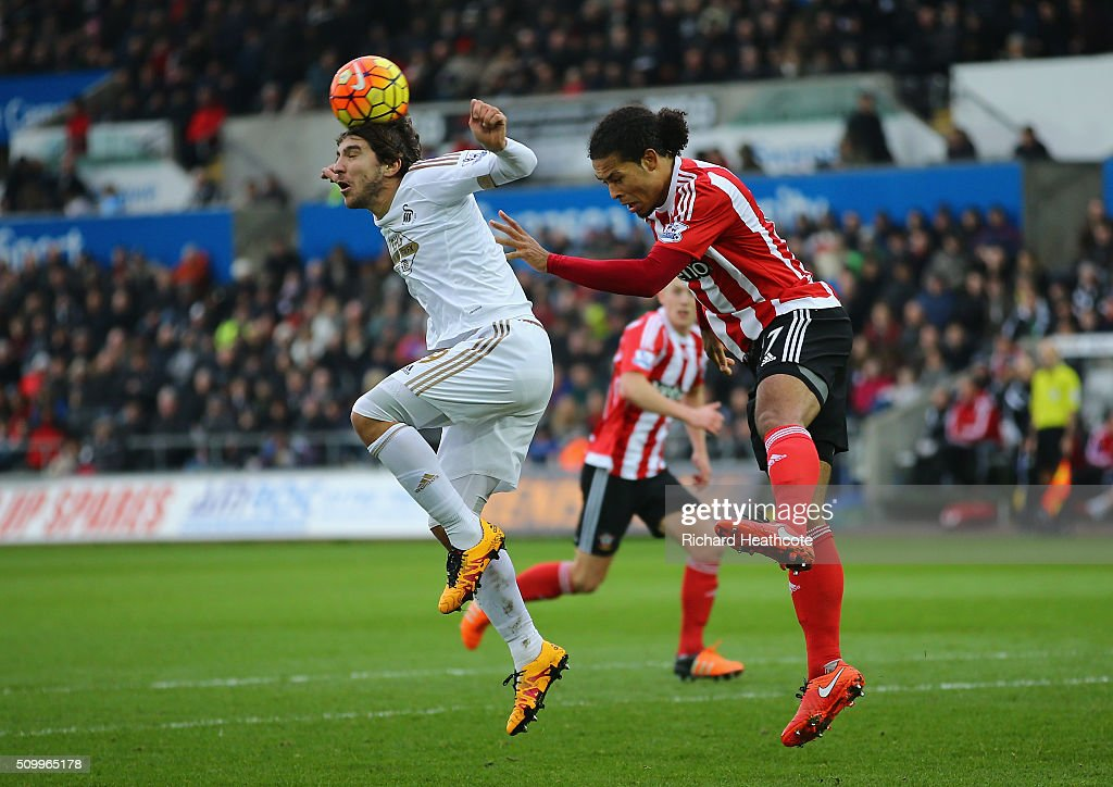 <a gi-track='captionPersonalityLinkClicked' href=/galleries/search?phrase=Alberto+Paloschi&family=editorial&specificpeople=3817495 ng-click='$event.stopPropagation()'>Alberto Paloschi</a> of Swansea City and <a gi-track='captionPersonalityLinkClicked' href=/galleries/search?phrase=Virgil+van+Dijk&family=editorial&specificpeople=7826834 ng-click='$event.stopPropagation()'>Virgil van Dijk</a> of Southampton compete for the ball during the Barclays Premier League match between Swansea City and Southampton at Liberty Stadium on February 13, 2016 in Swansea, Wales.