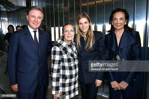 Alberto Repossi writer Danielle Steel Creative director of the Italian jewellery brand Repossi Gaia Repossi and Angela Repossi attend the Repossi...