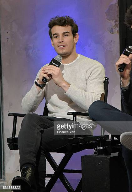 Alberto Rosende attend the Build Series to discuss 'Shadowhunters' at AOL HQ on January 9 2017 in New York City