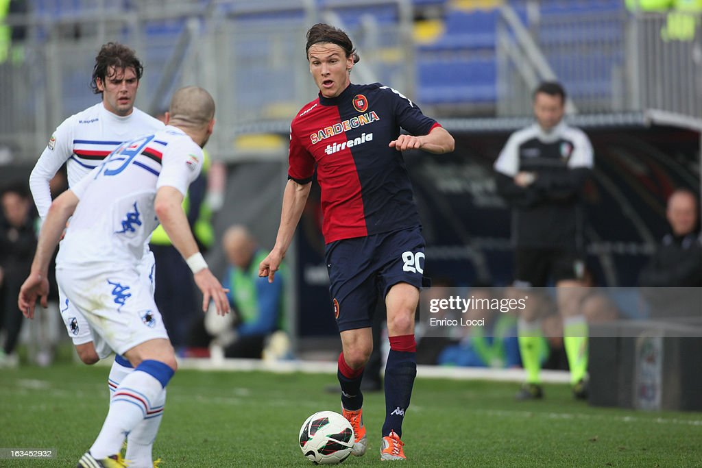 Albin Ekdal of Cagliari compete for the ball during the Serie A match between Cagliari Calcio and UC Sampdoria at Stadio Sant'Elia on March 10, 2013 in Cagliari, Italy.