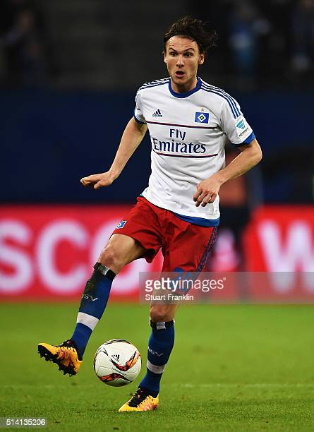 Albin Ekdal of Hamburg in action during the Bundesliga match between Hamburger SV and Hertha BSC at Volksparkstadion on March 6 2016 in Hamburg...