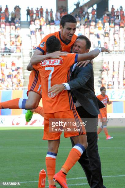 Albirex Niigata new head coach Wagner Lopes celebrates the opening goal scored by Rony during the JLeague J1 match between Albirex Niigata and...