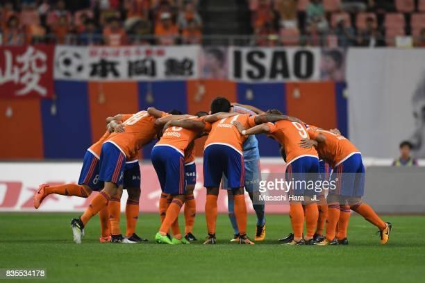 Albirex Niigata players huddle prior to the JLeague J1 match between Albirex Niigata and Vegalta Sendai at Denka Big Swan Stadium on August 19 2017...