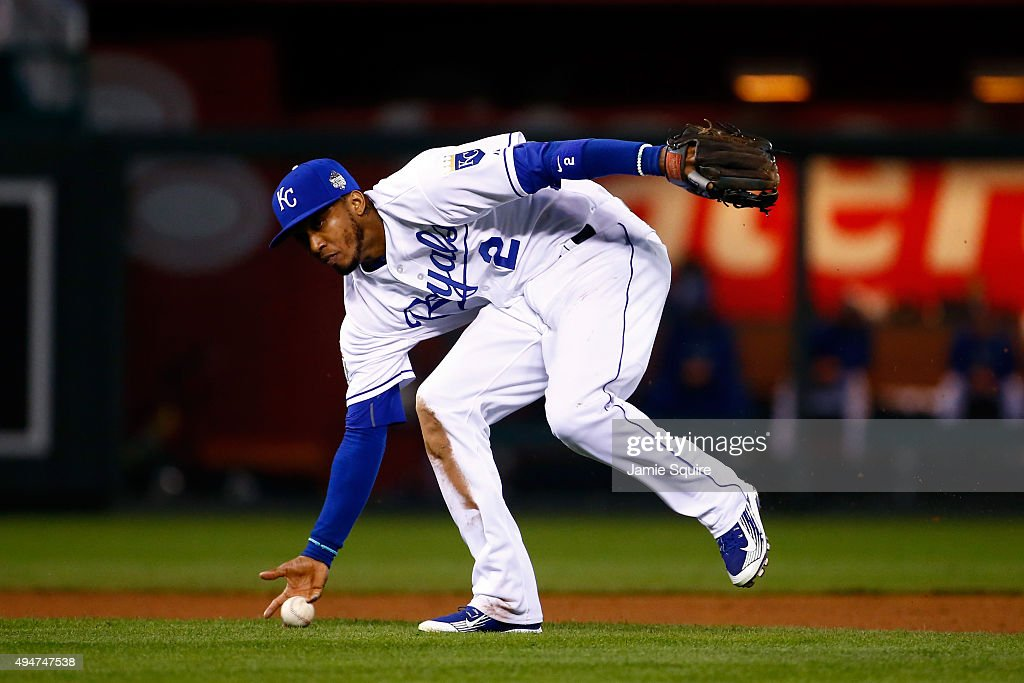 <a gi-track='captionPersonalityLinkClicked' href=/galleries/search?phrase=Alcides+Escobar&family=editorial&specificpeople=4845889 ng-click='$event.stopPropagation()'>Alcides Escobar</a> #2 of the Kansas City Royals fields a ground ball hit by Juan Lagares #12 of the New York Mets (not pictured) in the eighth inning in Game Two of the 2015 World Series between the Kansas City Royals and the New York Mets at Kauffman Stadium on October 28, 2015 in Kansas City, Missouri.
