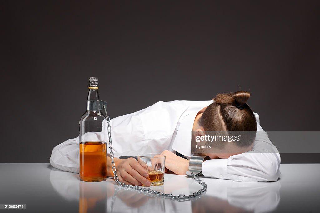 Как вывести из алкогольного состояния в домашних условиях 308