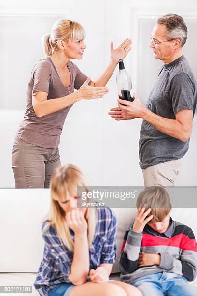 Uso de Álcool em família.