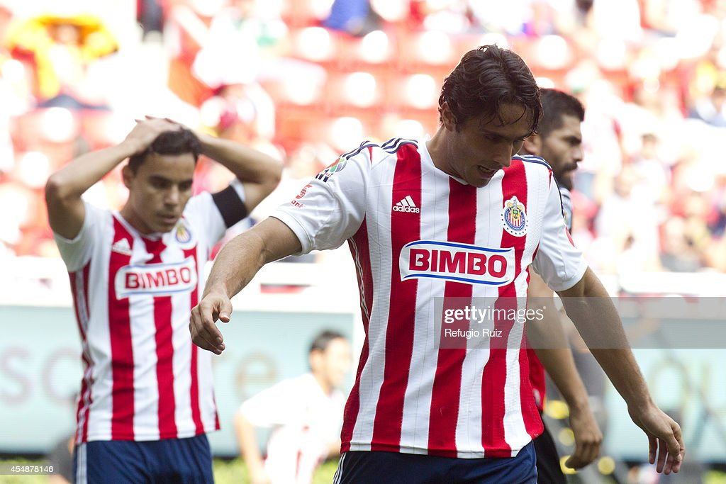 Chivas v Leones Negros - Apertura 2014 Liga MX