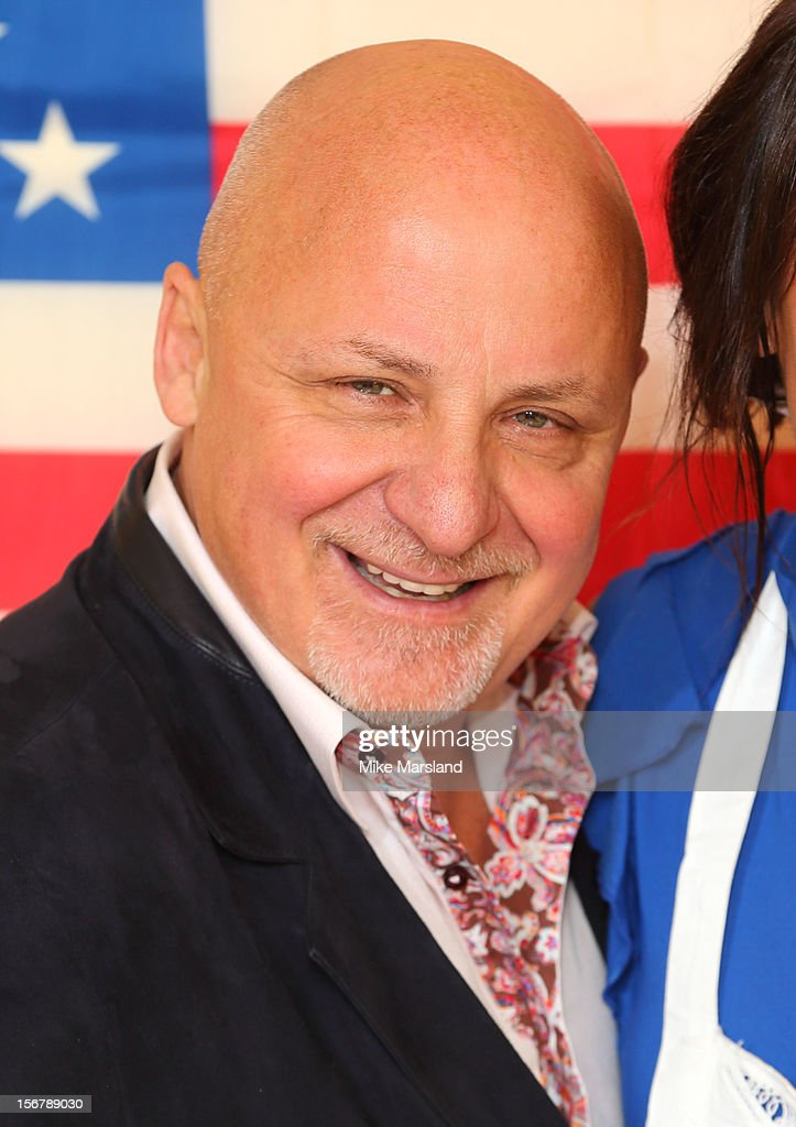<a gi-track='captionPersonalityLinkClicked' href=/galleries/search?phrase=Aldo+Zilli&family=editorial&specificpeople=603899 ng-click='$event.stopPropagation()'>Aldo Zilli</a> attends The Marylebone Project's Thanksgiving meal for homeless women in conjunction with the American InterContinental University on November 21, 2012 in London, England.