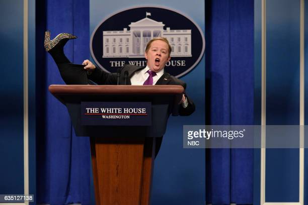 LIVE 'Alec Baldwin' Episode 1718 Pictured Melissa McCarthy as Press Secretary Sean Spicer during the 'Sean Spicer Press Conference Cold Open' on...