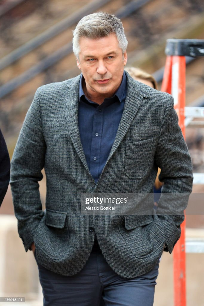<a gi-track='captionPersonalityLinkClicked' href=/galleries/search?phrase=Alec+Baldwin&family=editorial&specificpeople=202864 ng-click='$event.stopPropagation()'>Alec Baldwin</a> is seen on film set of 'Still Alice' on March 5, 2014 in New York City.