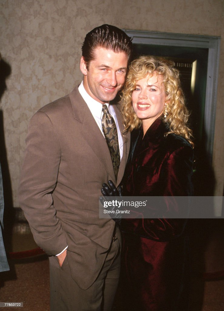 <a gi-track='captionPersonalityLinkClicked' href=/galleries/search?phrase=Alec+Baldwin&family=editorial&specificpeople=202864 ng-click='$event.stopPropagation()'>Alec Baldwin</a> & Kim Basinger