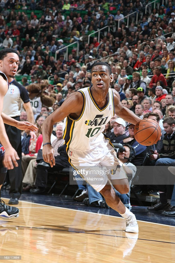 <a gi-track='captionPersonalityLinkClicked' href=/galleries/search?phrase=Alec+Burks&family=editorial&specificpeople=6834208 ng-click='$event.stopPropagation()'>Alec Burks</a> #10 of the Utah Jazz drives to the basket against the Atlanta Hawks at Energy Solutions Arena on February 27, 2013 in Salt Lake City, Utah.