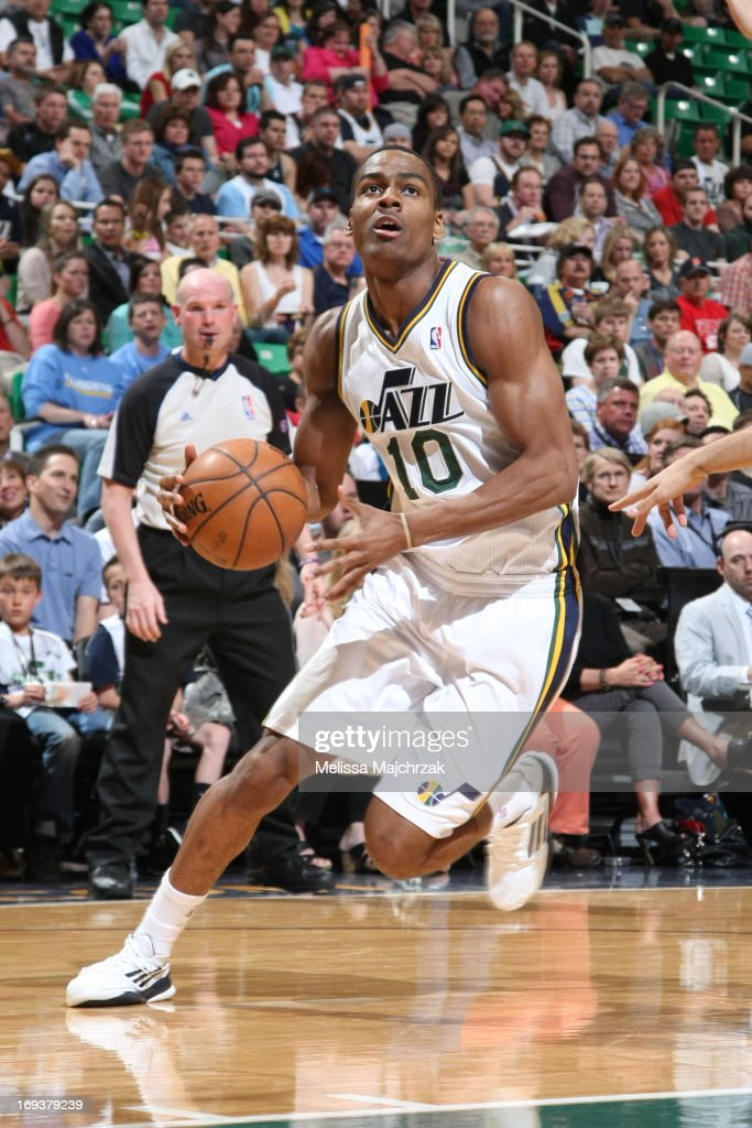 <a gi-track='captionPersonalityLinkClicked' href=/galleries/search?phrase=Alec+Burks&family=editorial&specificpeople=6834208 ng-click='$event.stopPropagation()'>Alec Burks</a> #10 of the Utah Jazz drives to the basket against the Denver Nuggets at Energy Solutions Arena on April 3, 2013 in Salt Lake City, Utah.