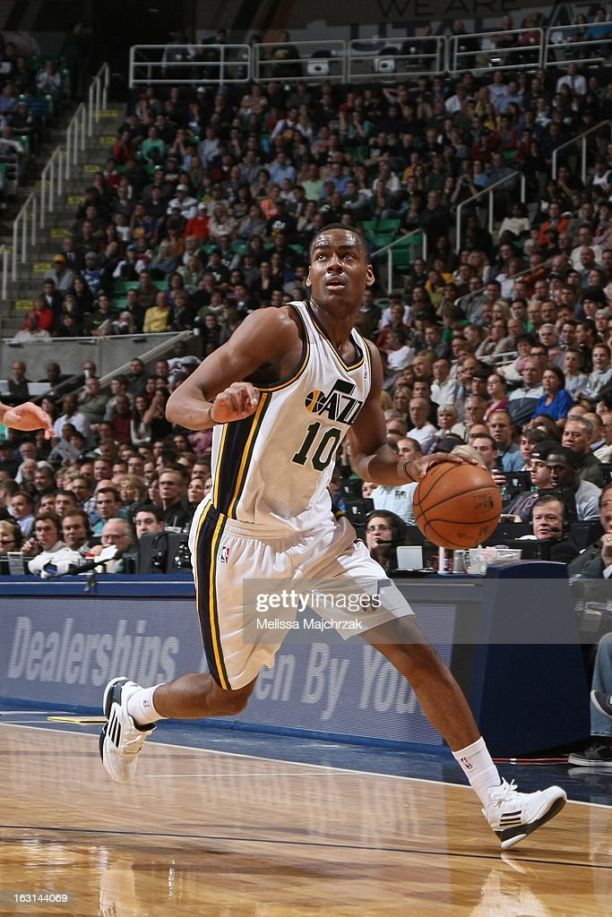 Alec Burks #10 of the Utah Jazz looks to drive to the basket against the Golden State Warriors at Energy Solutions Arena on February 19, 2013 in Salt Lake City, Utah.