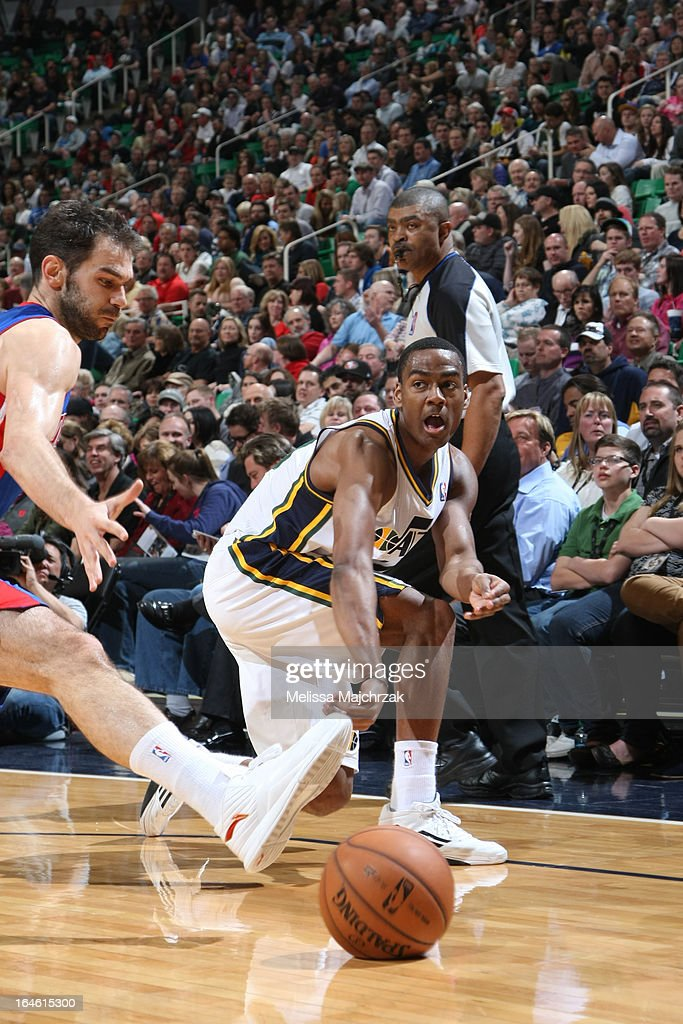 <a gi-track='captionPersonalityLinkClicked' href=/galleries/search?phrase=Alec+Burks&family=editorial&specificpeople=6834208 ng-click='$event.stopPropagation()'>Alec Burks</a> #10 of the Utah Jazz passes the ball against the Detroit Pistons on March 11, 2013 in Salt Lake City, Utah.