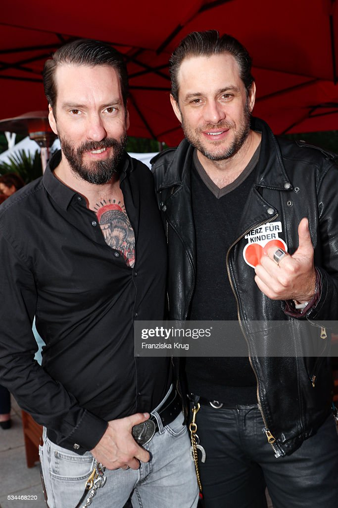 Alec Voelkel and Sascha Vollmer during the 'Ein Herz fuer Kinder' summer party at Wannseeterrassen on May 26, 2016 in Berlin, Germany.