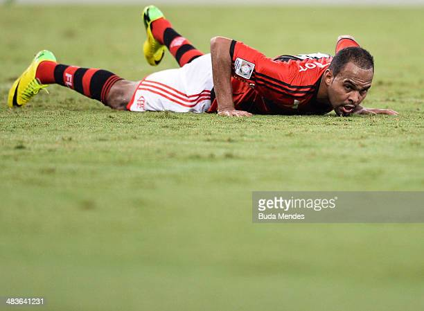 Alecsandro of Flamengo in action during a match between Flamengo and Leon as part of Copa Bridgestone Libertadores 2014 at Maracana Stadium on April...